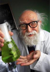 Scienziato pazzo prepara balsamo per barba