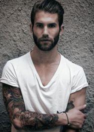 Con un viso ovale si possono sperimentare tutti gli stili di barba